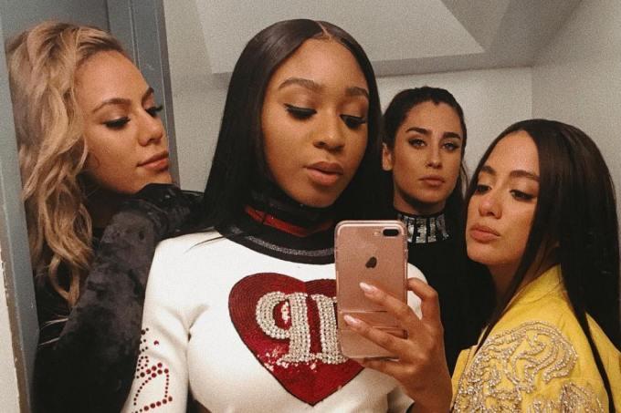 Os fãs não estão sabendo lidar com a pausa do Fifth Harmony https://t.co/k0ckLNRbRu  #ThankYouFifthHarmony