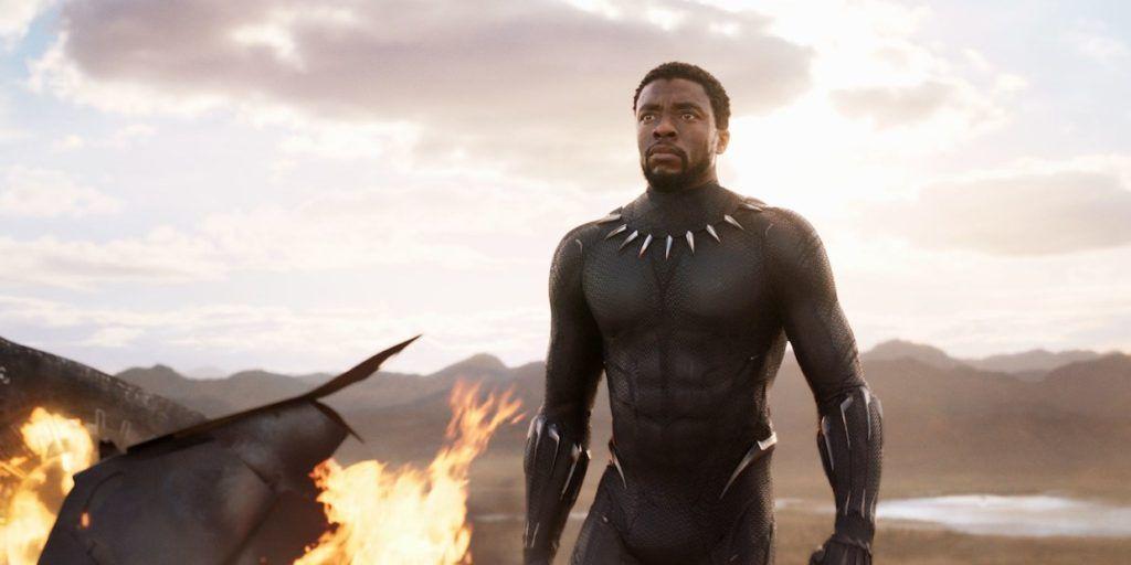 アフリカの架空の王国ワカンダに見たアフロ・フューチャリズム。そして90年代のブラック・カルチャーの台頭との相関性、アメリカにおける60年代の『指輪物語』ブームとのつながり──。いかに現代において『ブラックパンサー』という黒人による物語として昇華したのか。 https://t.co/TNYzAy3tTS