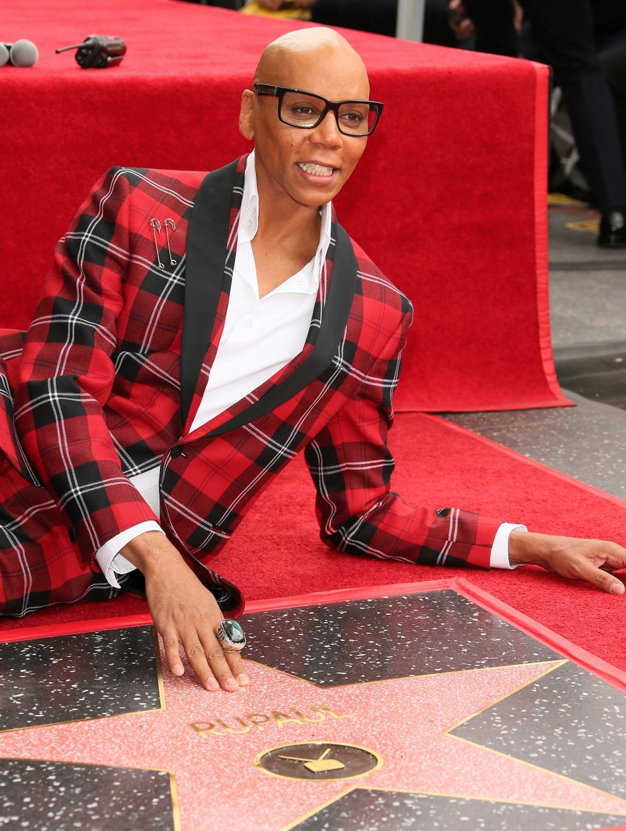 usangles congratulations on your hollywood star mama ru and thank