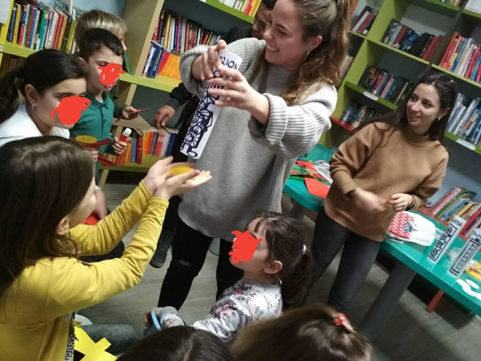 Grande successo della missione dei volontari del @melogranoitalia a #Lampedusa con i bambini italiani e migranti, e i corsi di formazione per gli insegnanti dell\
