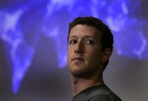 Facebook crolla a Wall Street dopo lo scandalo dei dati personali https://t.co/A61W7v6MrE