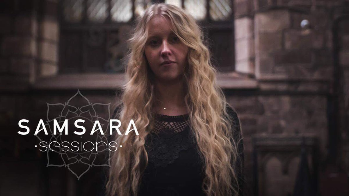 Had so much fun filming this acoustic version of Alias Grace a couple of weeks ago (despite have a nasty cold) with @SamsaraSessions in a 900 year old church!! youtu.be/6Fgh7-7A540