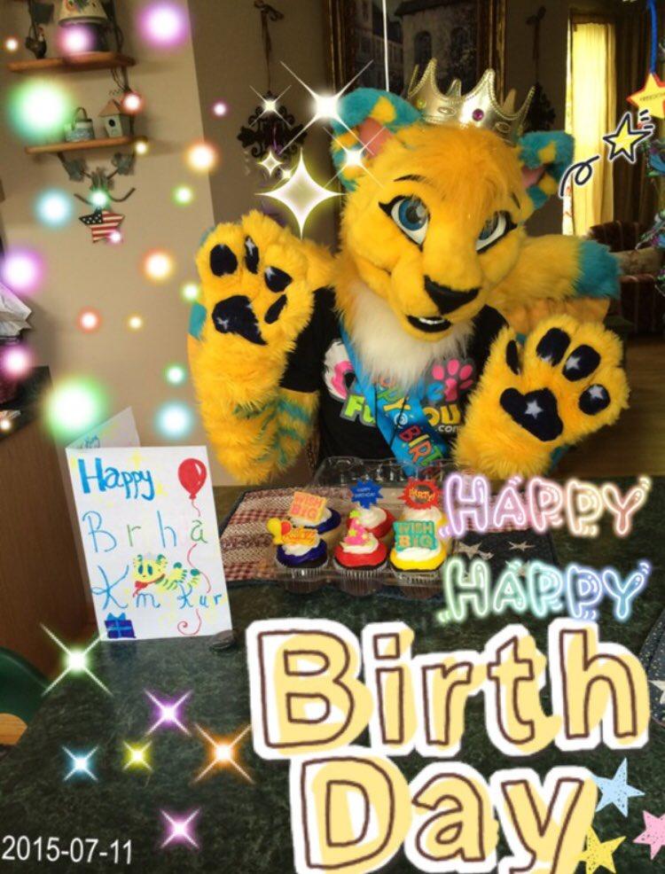 Happy birthday to meeeeee~* @MadeFurYou...