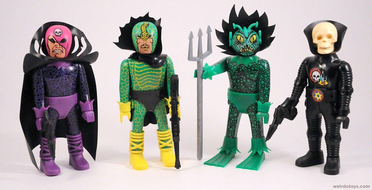 some crazy incredible toys from the 80s http://weirdotoys.com/super-fantastics-vs-super-diabolics/… #Airgam @WeirdoToys #SuperFantastics #SuperDiabolics