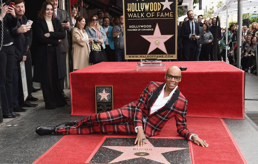 RuPaul becomes first drag icon to get a star on the Hollywood Walk Of Fame https://t.co/fKYM6QorBy https://t.co/imsw3XYwpU