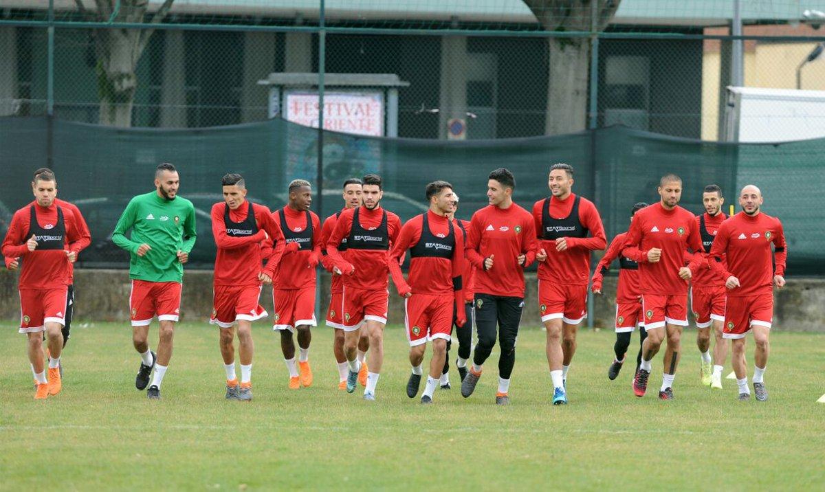 من تدريبات المنتخب المغربي استعداداً لمو...