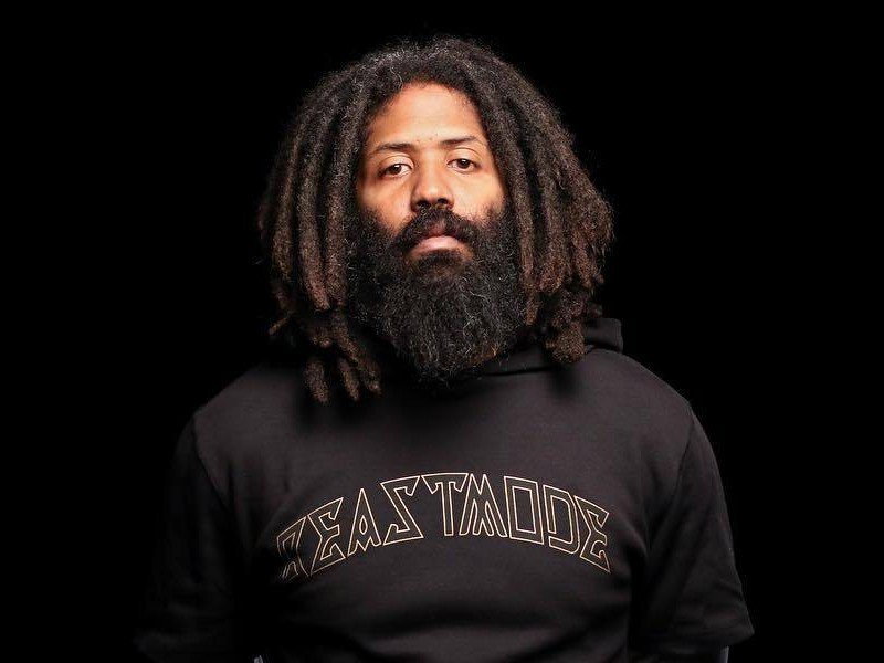 EXCLUSIVE: @MURS shares his feelings about the people and things taken away from him, thoughts on Paid Dues and his new work. bit.ly/MursStrangeJou…