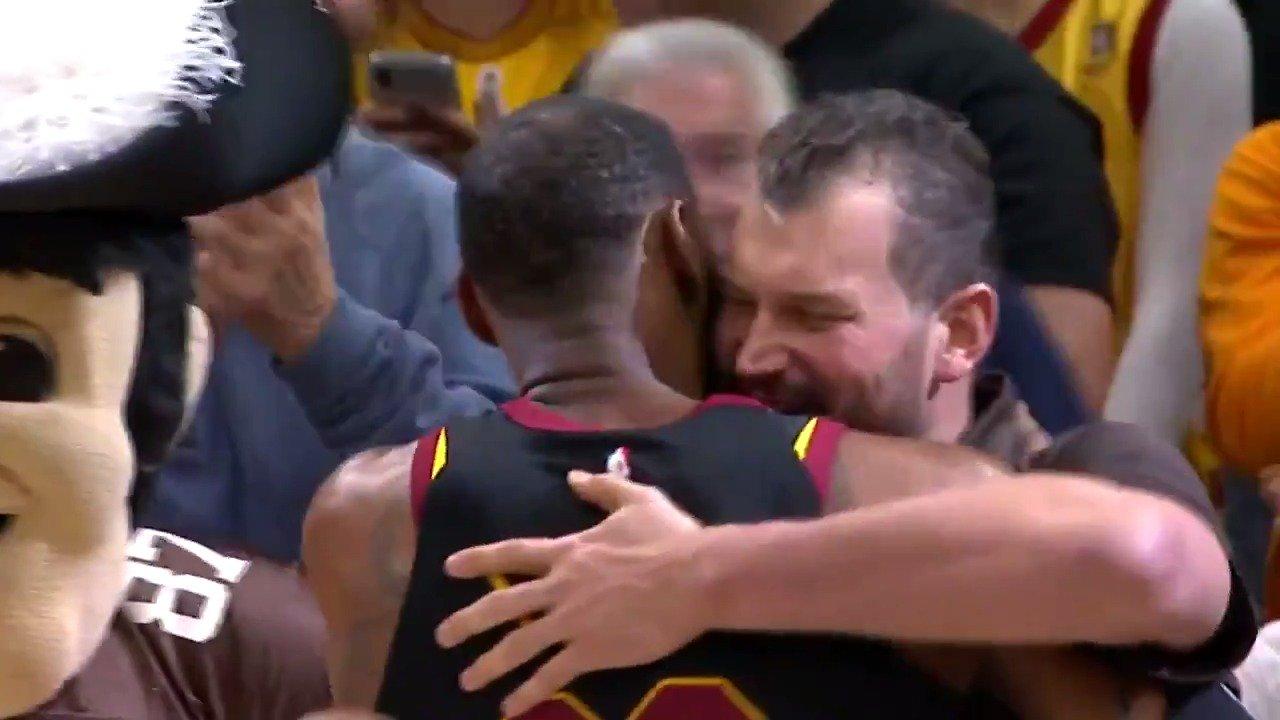 ��Cleveland legends embrace!��  LBJ x @joethomas73   #nbacelebrow #AllForOne https://t.co/btIZ3UUDZY