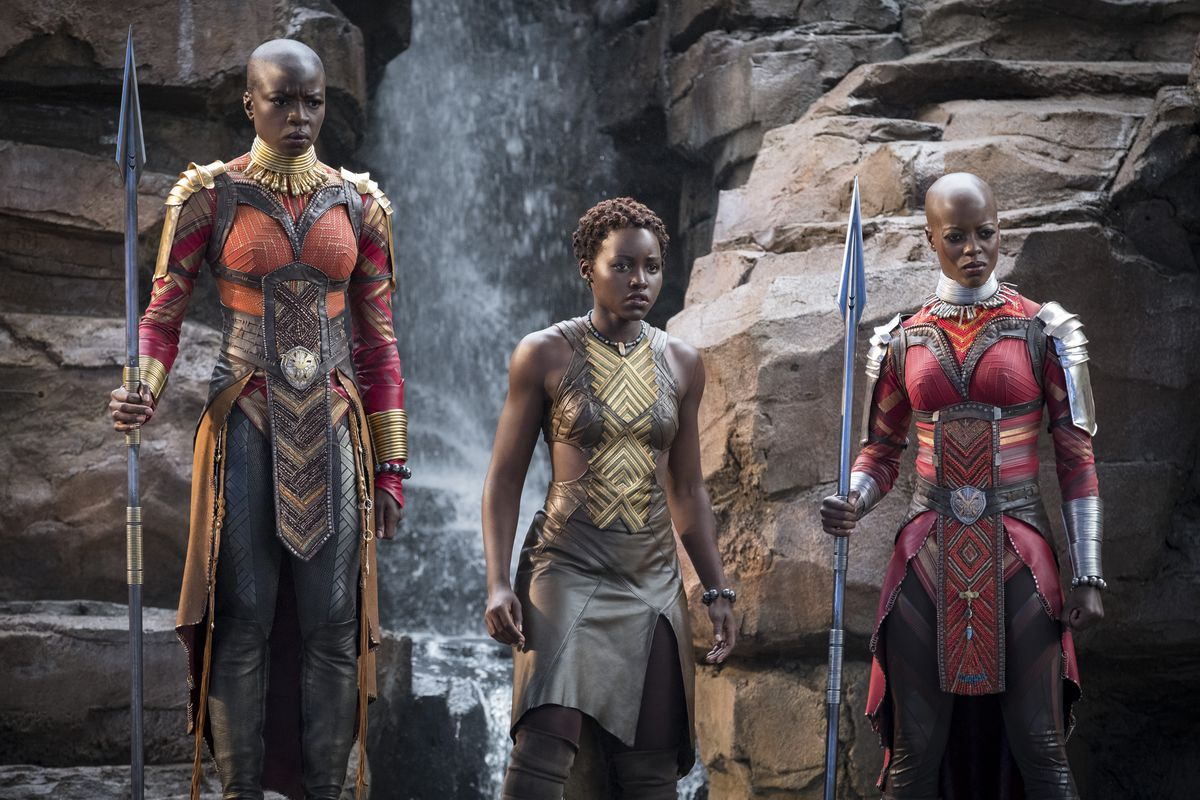 #BlackPanther is now the first film since Avatar to reign at no. 1 for five consecutive weeks. bit.ly/BlackPantherRe…