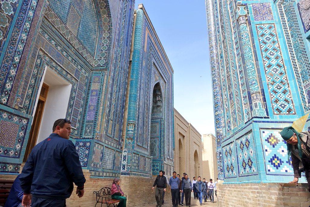 帰国してしまった。ウズベキスタン美しく穏やかで治安がよく人々は優しくて物価は安い...