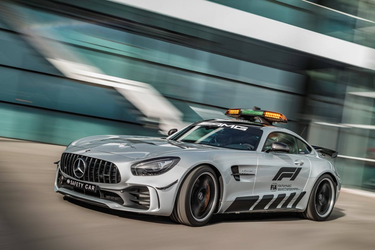 mercedes benz on twitter the mercedes amg gt r will have its debut as the official fia f1. Black Bedroom Furniture Sets. Home Design Ideas