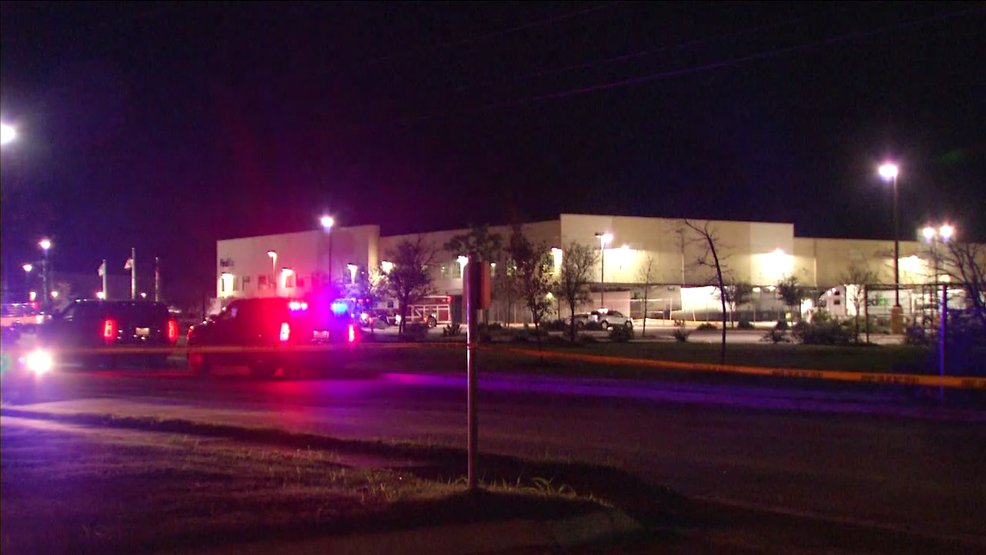 Package headed to Austin explodes at Texas FedEx facility https://t.co/YUT8rLHky2