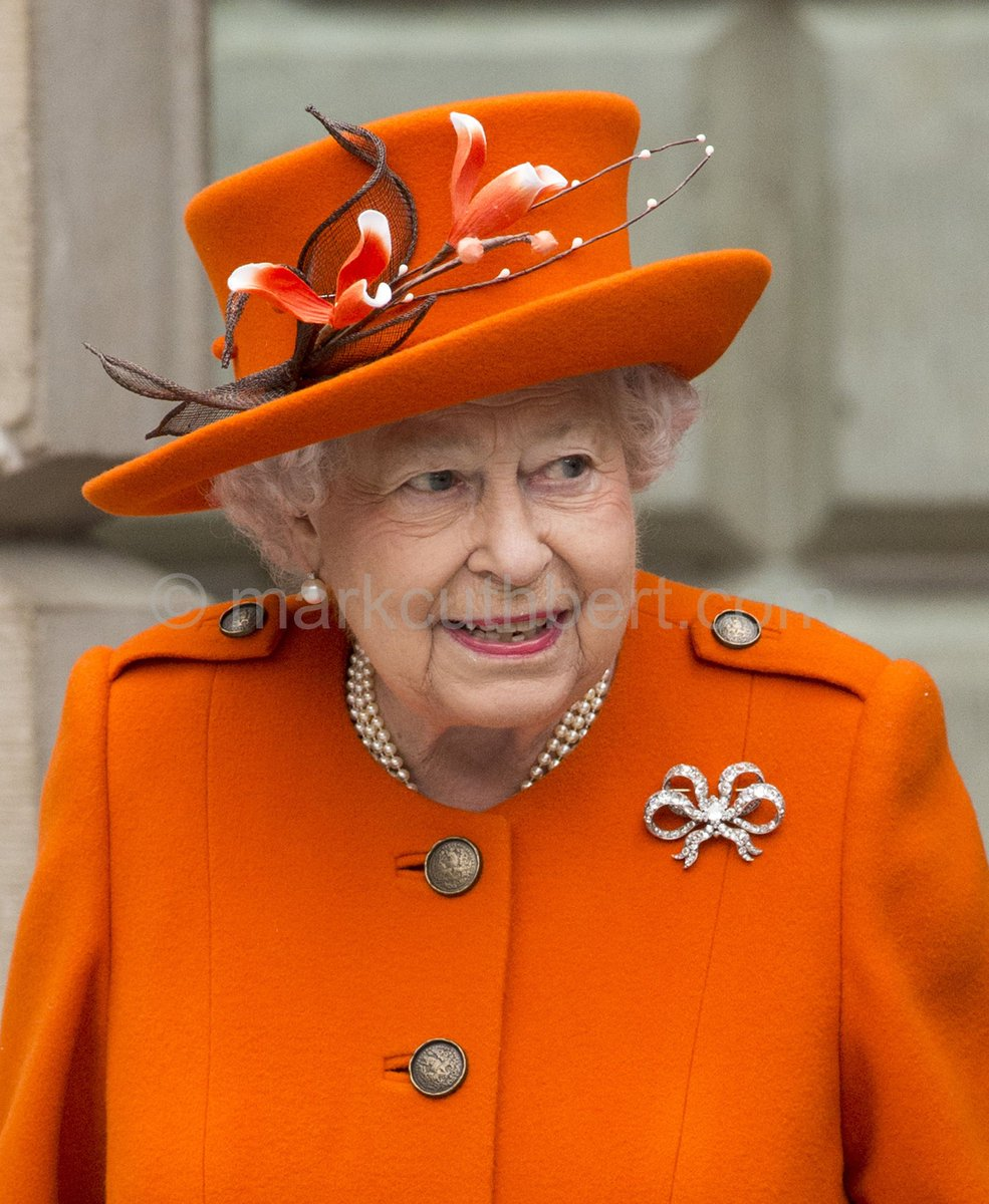 Royal Jewels of the World Message Board: Queen Elizabeth