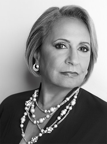 For #WomensHistoryMonth let's celebrate Cathy Hughes! She became the first African-American woman to head a publicly traded corporation! Along with radio she also started the TV One network! @urbanmediamaven