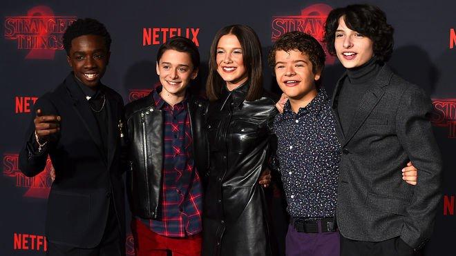 Los actores de Stranger Things multiplic...