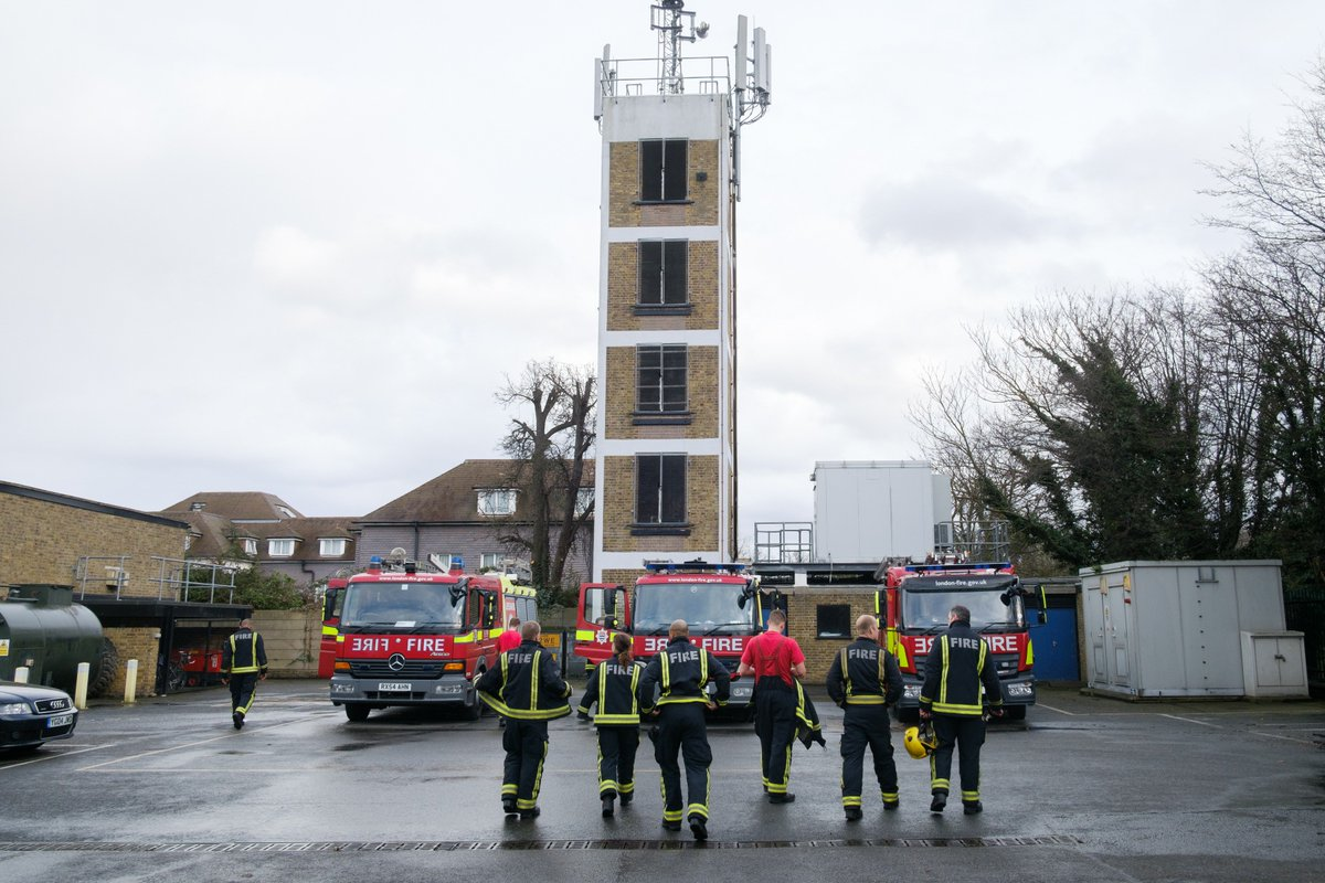 Follow us on #Instagram to see what life is like as a #London firefighter https://t.co/iSCOygfxSZ