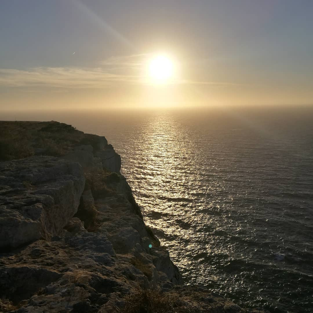 Scatto di fine giornata !!!! #LampedusaPhoto by  raffalillo Instagram#lampedusaisland  https:// www.lampedusapelagie.it/  - Ukustom