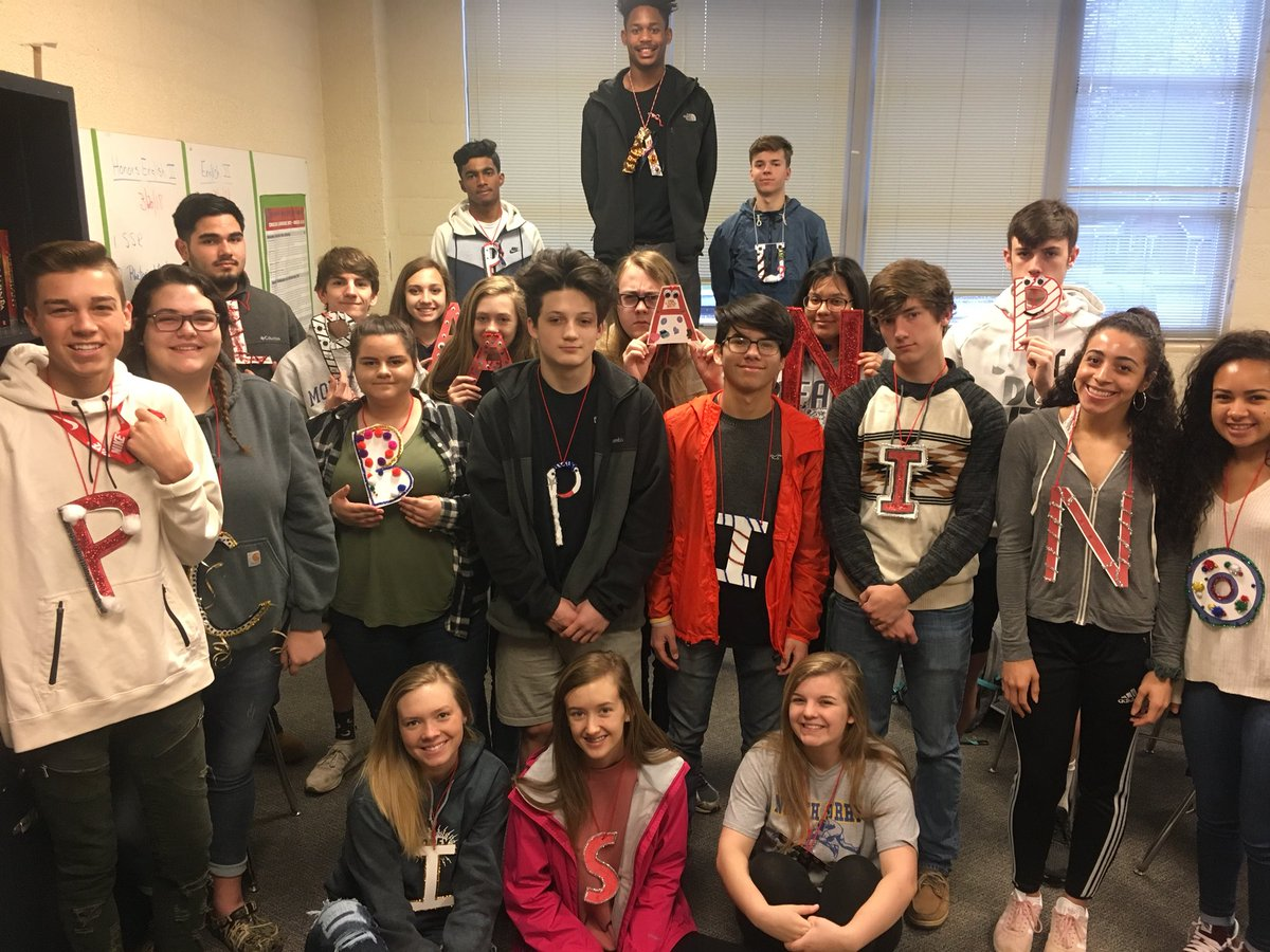 And they're off: launching English III Scarlet Letter social experiment wearing their own letters of shame all day! #publicshaming <br>http://pic.twitter.com/Muuga3ItWk