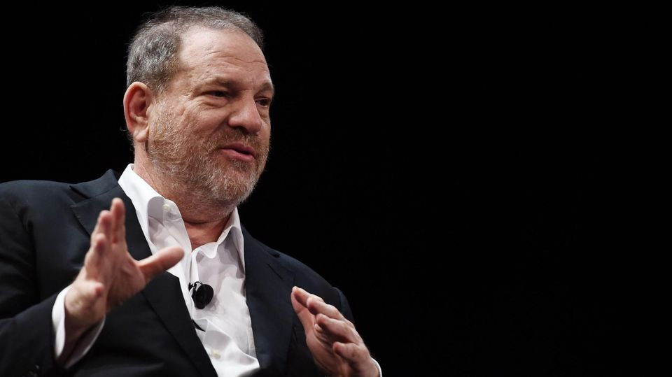 Weinstein Company files for bankruptcy, announces asset sale to Lantern Capital https://t.co/HOPfIzR371 https://t.co/uig1KVK9bQ