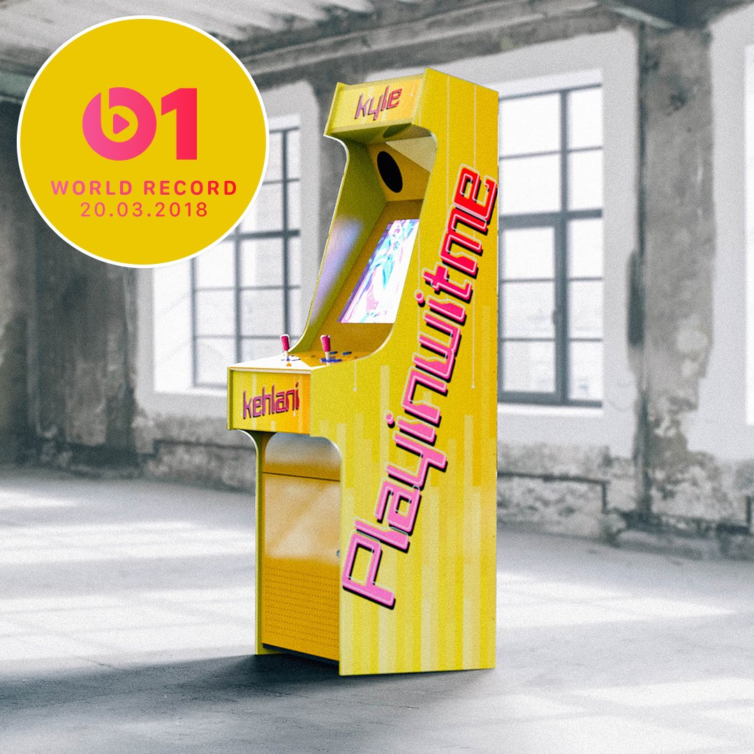 Today's #WorldRecord from @SuperDuperKyle and #Kehlani 'Playinwitme' 👉🏼📲 LISTEN apple.co/_Playinwitme