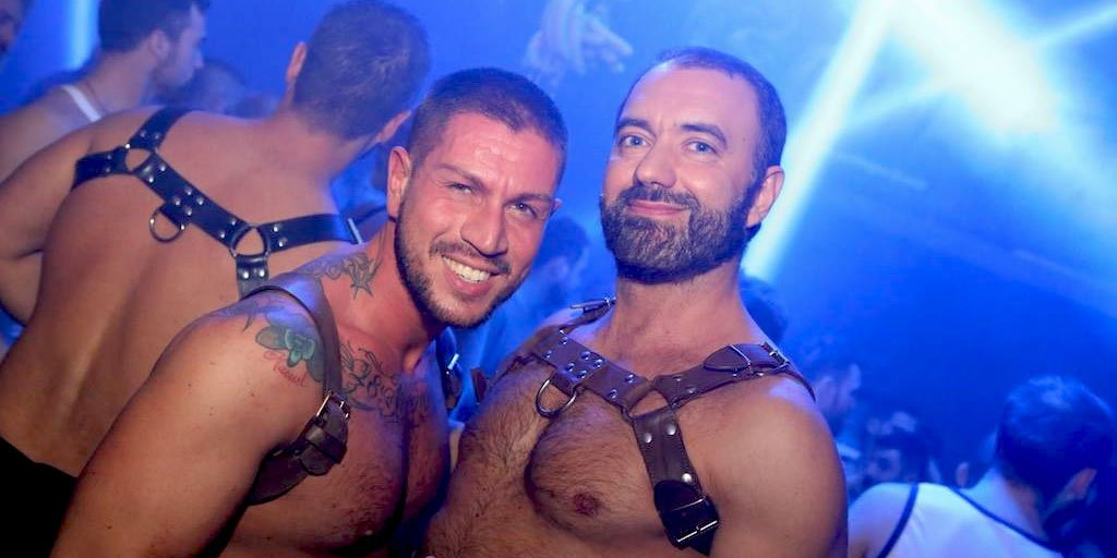 Fun hot Italian bears..what are you waiting for? http://ow.ly/kdeJ30j25yQ  #gaymilan #milanbearfest #gaybearspic.twitter.com/SujjnubID3
