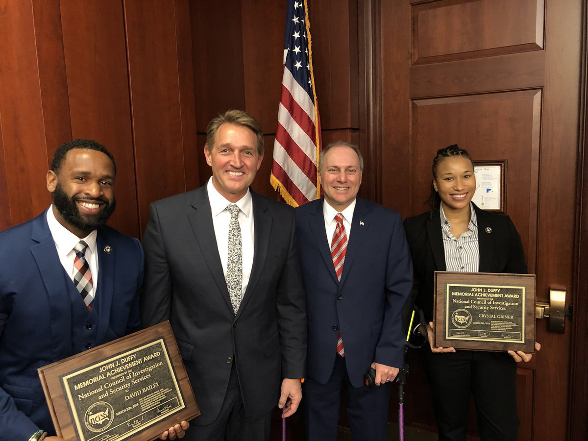 How do you thank someone who saved your life? Grateful to join @SteveScalise to honor Crystal and David as they received the John J. Duffy Memorial Award for bravery & heroism