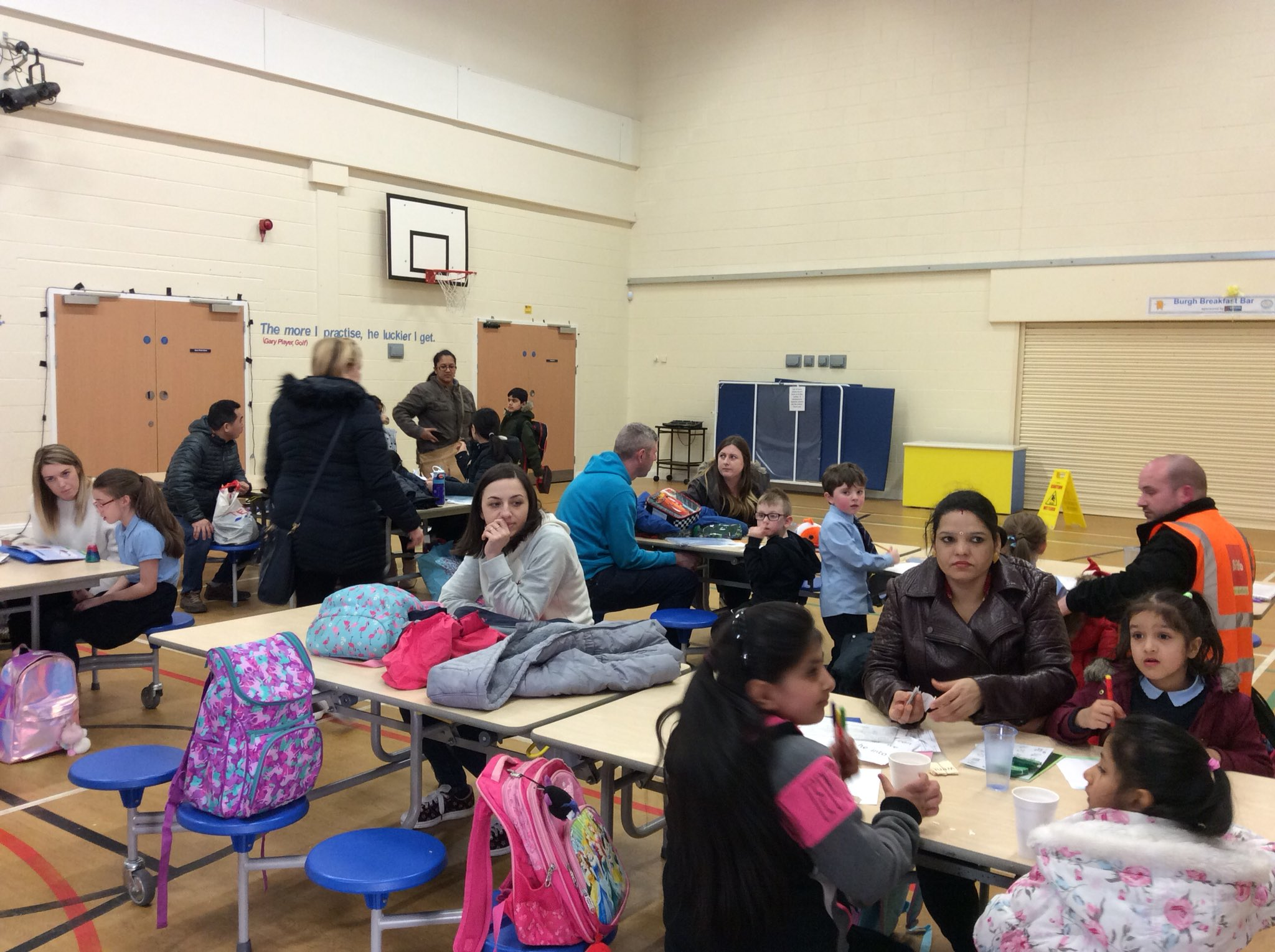 Thanks to all parents/carers who came along to today's Homework Hot Chocolate Club #ParentsasPartners #TeamBurgh https://t.co/fTpDYYs8uk