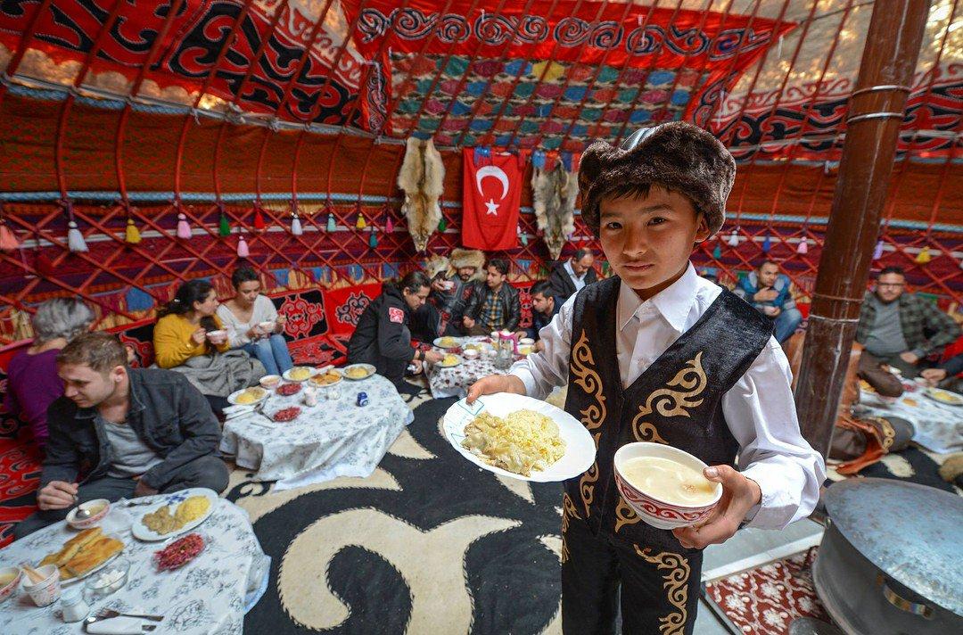 Van/Erciş'in Ulupamir köyü sakinleri; Kı...