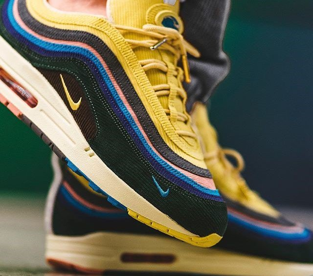 3bfe6ad2ac ... Nike Air Max 1/97 Sean Wotherspoon https://thesolesupplier.co.uk/news/ stock-numbers-rumoured-high-nike-air-max-197-sean-wotherspoon/ …pic.twitter.com/  ...