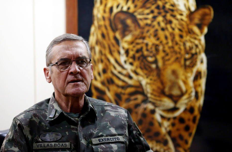 Não será em 10 meses que a violência no Rio será resolvida, diz general https://t.co/s3x3DWipRz