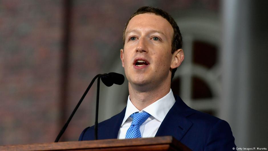 Глава Facebook Марк Цукерберг вызван дать показания перед британскими парламентариями в связи с возможным попаданием данных 50 млн пользователей соцсети в распоряжение компании Cambridge Analytica, связанной с предвыборным штабом Дональда Трампа https://t.co/mCAQZvUuEf