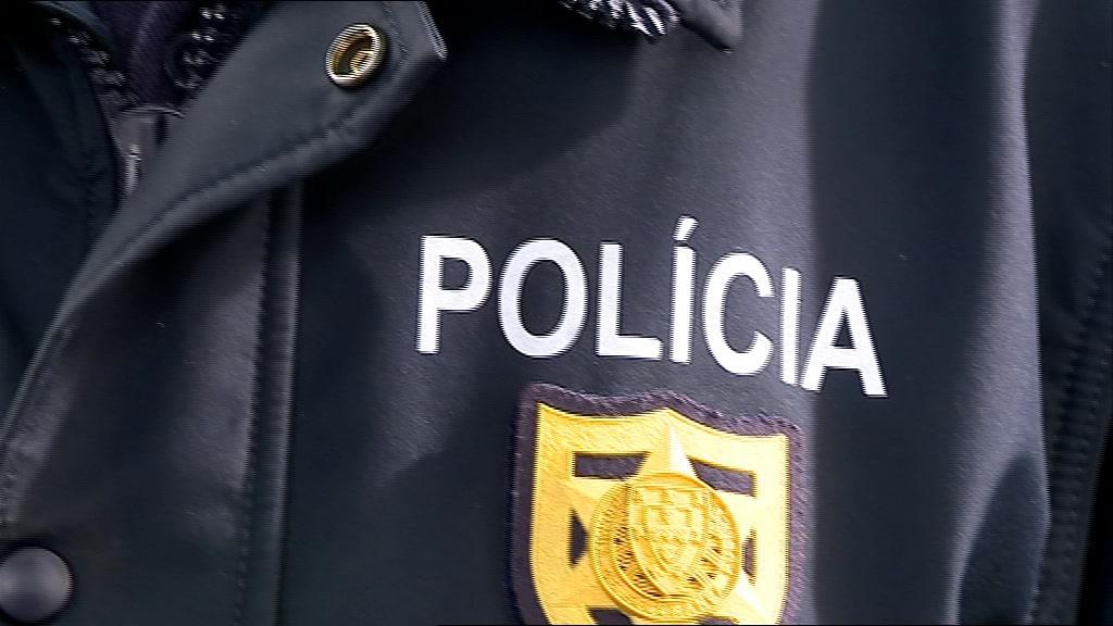 Detido suspeito de atropelar polícia em Leiria https://t.co/KN5Pkvq9FP