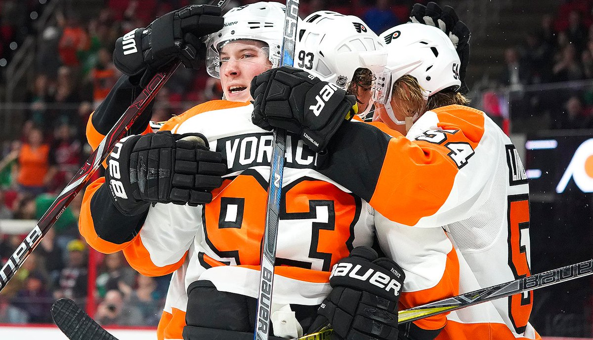 #Flyers look to make it three straight wins on NBCSP. Watch right here (https://t.co/cBiICHKTQB) and get live stats here (https://t.co/oocTfDkzsn).