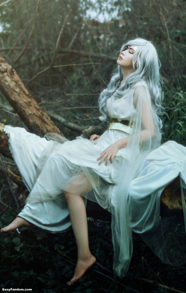 Sexy Fandom: A Goddess in sorrow https://t.co/AU2mDioHTl...