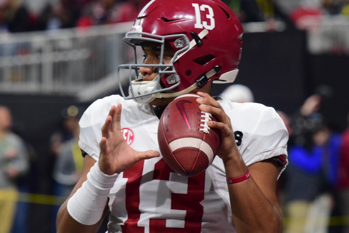 b3621f931 Reaction to Tua Tagovailoa s injury and what this could mean for Alabama  https