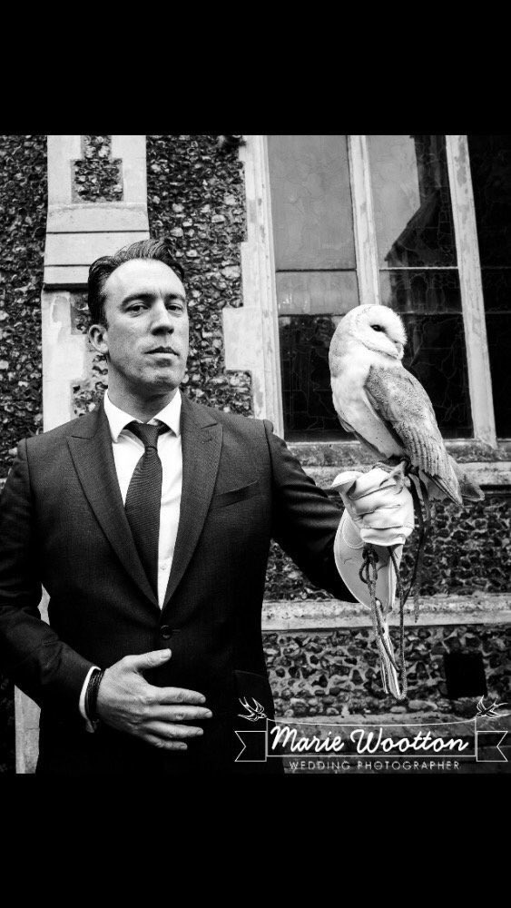 Would you let me and @richiefirth plan your wedding? I hired this owl for Richie's wedding https://t.co/j06Xijs8ka