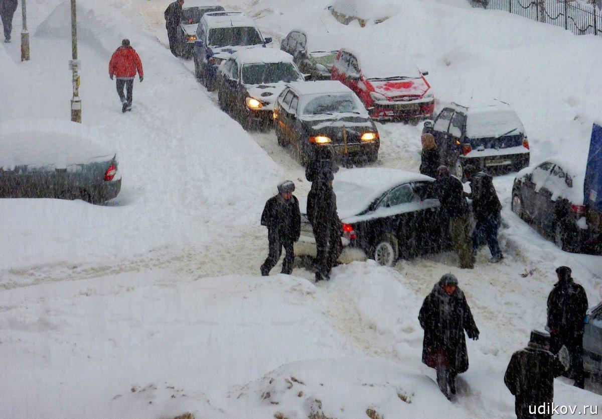 картинки метель снежные заносы