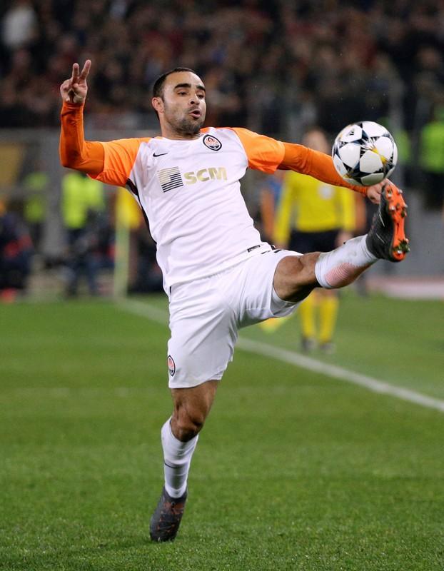 Tite convoca lateral-esquerdo Ismaily para vaga de Alex Sandro https://t.co/jguyBKRUpl #sportsNews