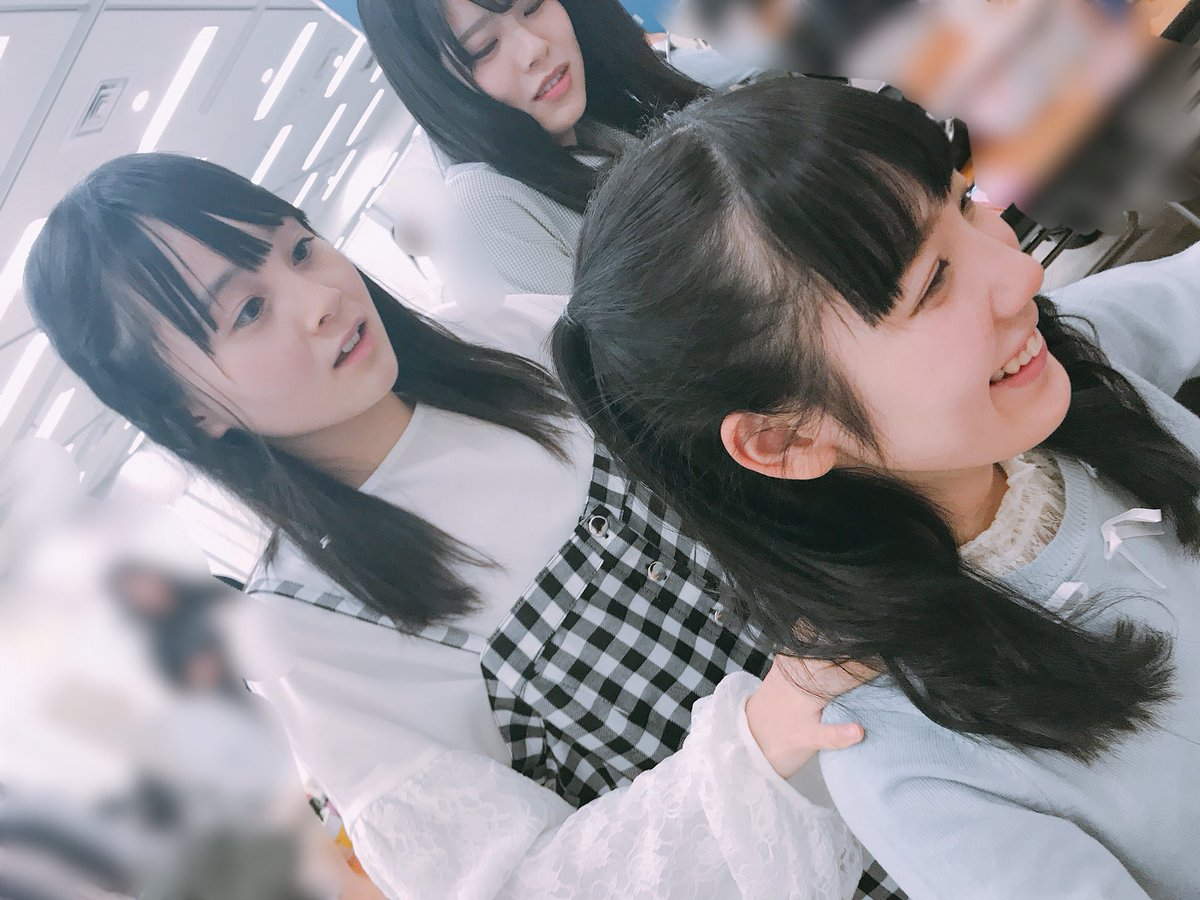 """STU48: STU48 On Twitter: """"本日の握手会の休憩時間⏰のんちゃんがももちゃんの肩をマッサージ😊 やらされて"""