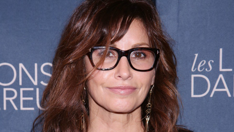 .@RealGinaGershon will make her @CafeCarlyle debut in June #PlaybillUniverse bit.ly/Gina-Gershon-M…