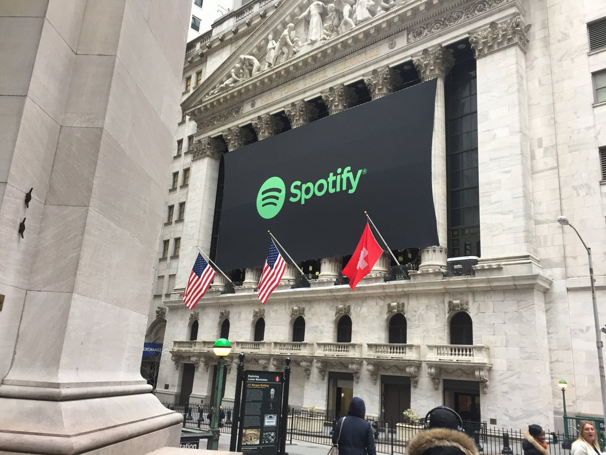 Spotify sets its reference price at $132 a share