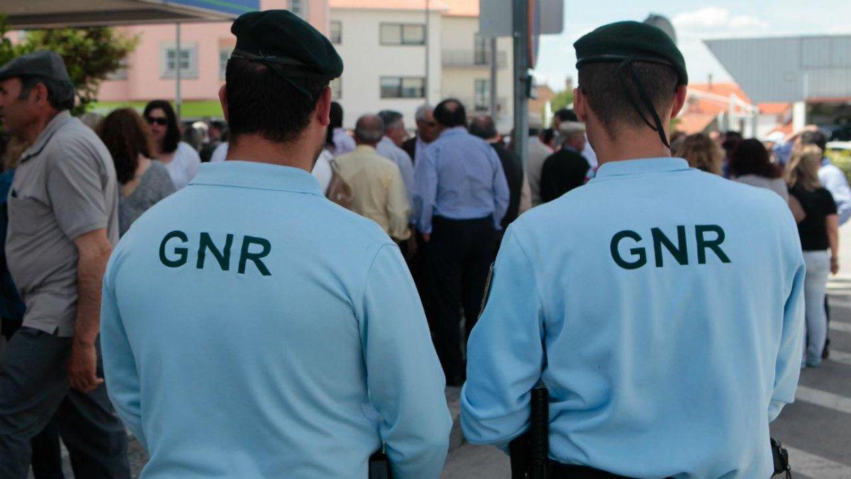 Militares da GNR detidos por tráfico de droga https://t.co/bS0GrohP5E