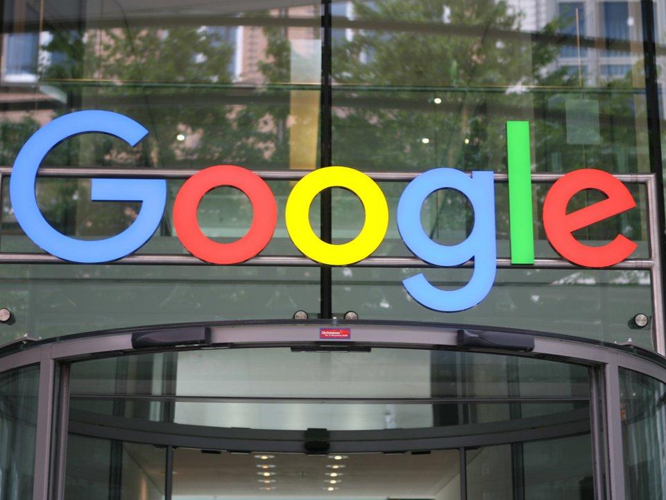 Googleが自社製スマートディスプレイのリリースを示唆? もし作ったら日本上陸してほしい #スマート家電 #Amazon #グーグル #プロダクト #GoogleHome https://t.co/fl6BZxFWdF