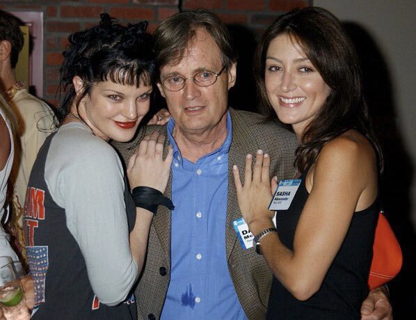 #ToddTuesday   @PauleyP, #DavidMcCallum and @SashaAlexander at the TCA Summer Press Tour in 2003. https://t.co/mwfYkvlFJN