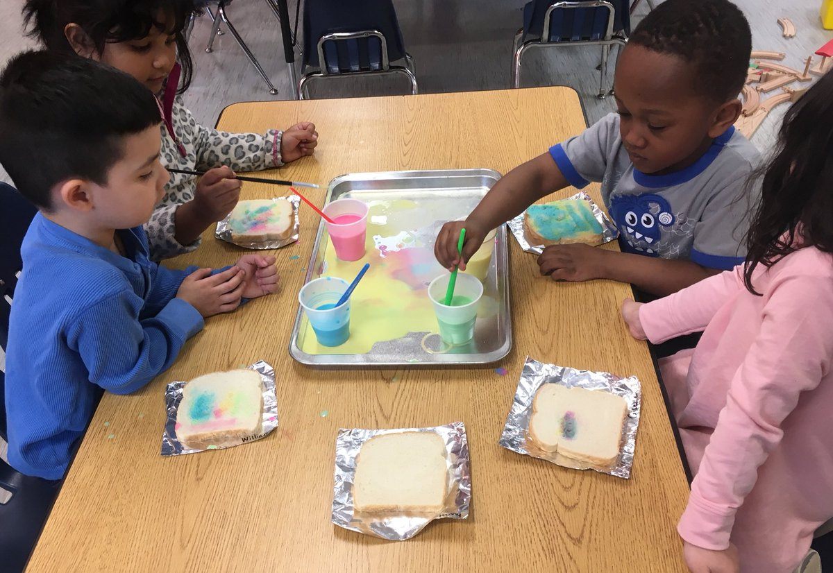 "Exploring mixing colors - ""rainbow toast"" with colored milk and bread <a target='_blank' href='http://twitter.com/AbingdonGIFT'>@AbingdonGIFT</a> <a target='_blank' href='http://twitter.com/KerbyPreK'>@KerbyPreK</a> <a target='_blank' href='https://t.co/iuiCNxZDmG'>https://t.co/iuiCNxZDmG</a>"