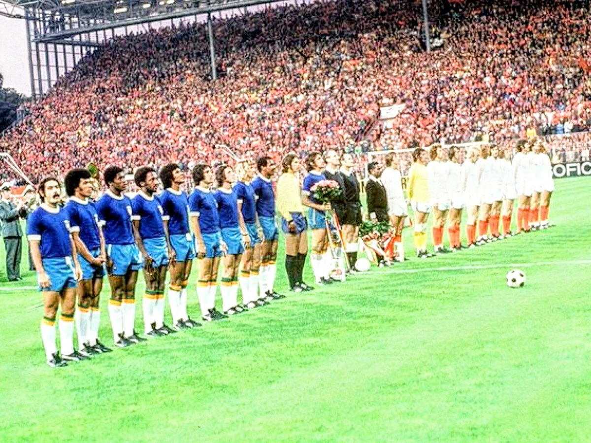 Westfalenstadion, Dortmund (1974) #Brazil vs. #Holland #Netherlands #knvb #westfalenstadion #Dortmund #WorldCup #Deutschland https://t.co/UskGZt0mEV