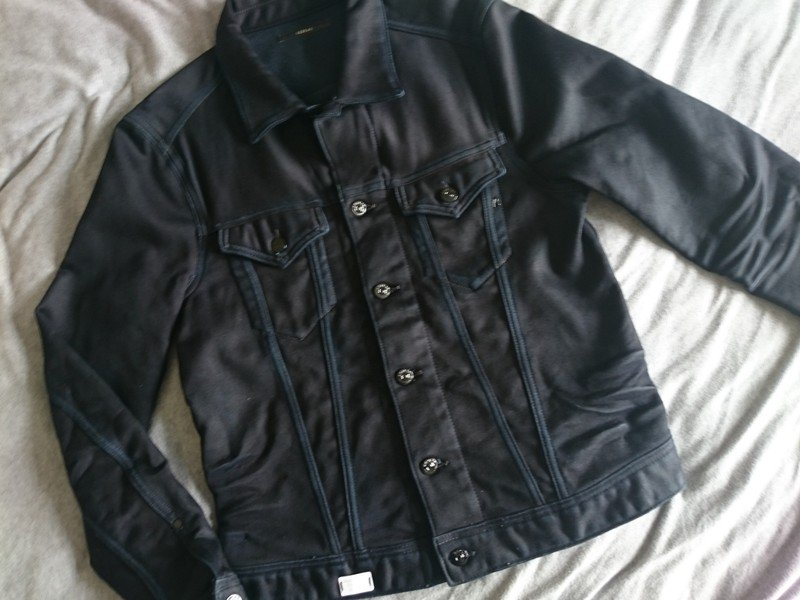 6428ad5e Size L for £90: http://www.vinted.co.uk/mens/denim -jackets/7920105-replay-black-mens-denim-jacket-new-tags-size-large-21-p2p  …pic.twitter.com/2TllATbcIV