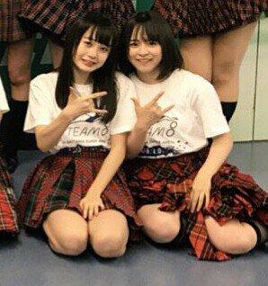 ミニスカート姿の倉野尾成美さん