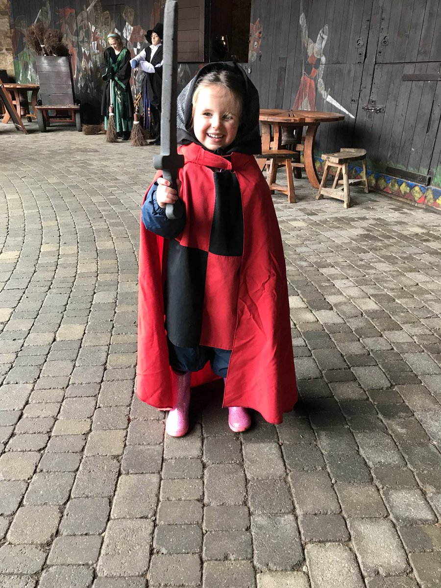 Debbie Wilson on Twitter  @ArdnahoeNursery @roywilson85 Elizabeth had a ball at Alnwick castle yesterday. Next stop London baby. Sending you a postcard.u2026 ...  sc 1 st  Twitter & Debbie Wilson on Twitter: