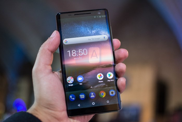 Nokia 8 Sirocco Launched in India with Dual Curved and Wireless Charging